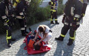 Assistenzärztin Kamila Dadashova übernahm die notärztliche Versorgung.