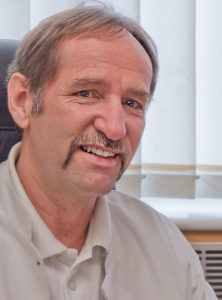 Dr. Lothar Schäfer