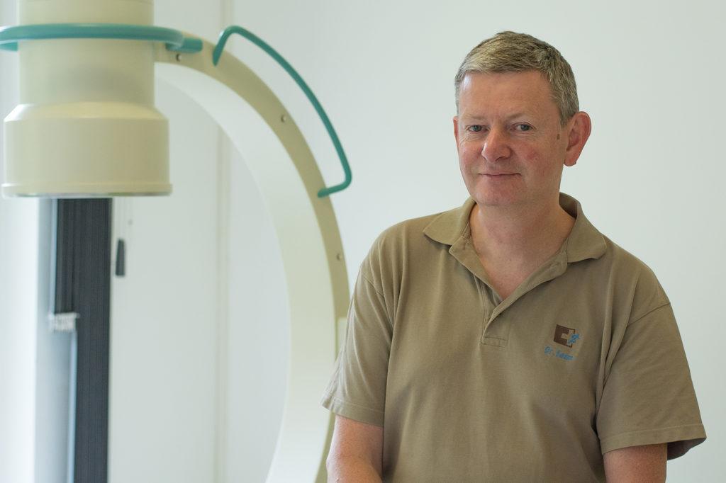Er ist Spezialist für chronische Schmerzen: Dr. Stephanus Saam.