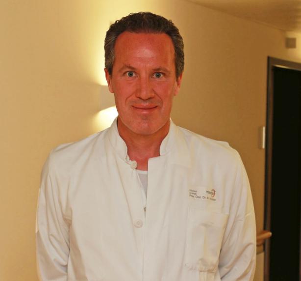 PD Dr. med. Bernhard Walter ist für die neue Urologie-Hauptfachabteilung am Krankenhaus Rotthalmünster verantwortlich.