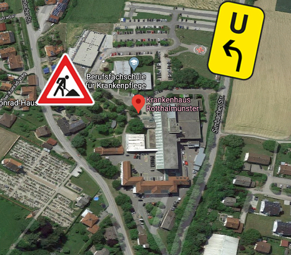 Die Umleitung zum Krankenhaus führt über den neuen Parkplatz an der Simbacher Straße.